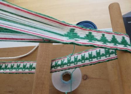 Patti's  Card  Weaving